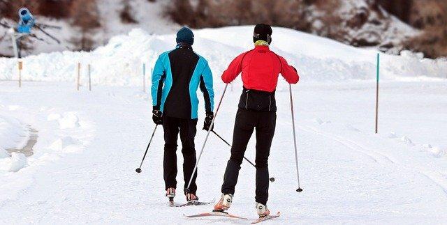 co zabrać na narty