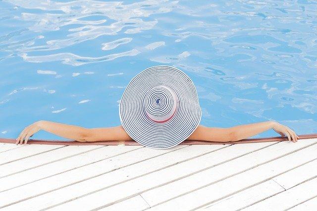 kostium do pływania